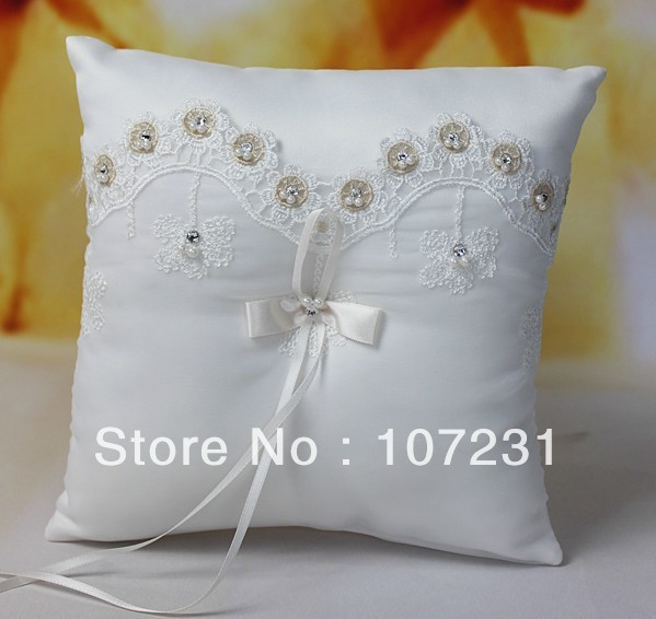 21x 21cm Satin White Crystal Heart Wedding Ring Pillow Church