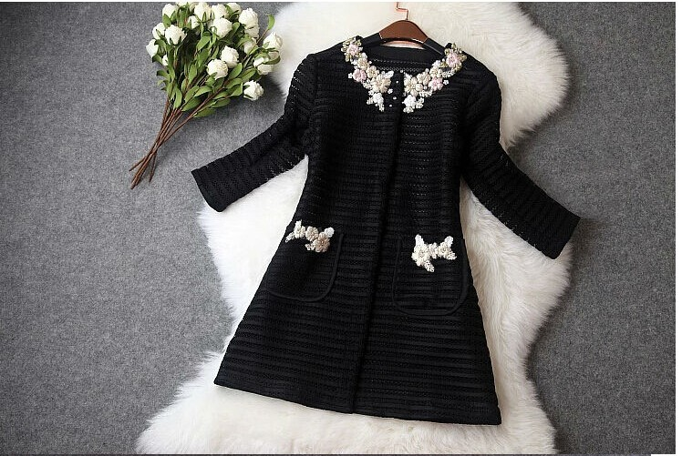 High quality new 19 women ladies autumn winter fashion hollow out embroidery british style trench coat designer runway coat 9