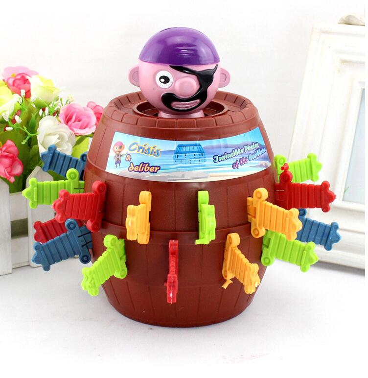 2016 Hot Sale Funny Novelty Kids Children Funny Lucky Game Gadget Jokes Tricky Pirate Barrel Game
