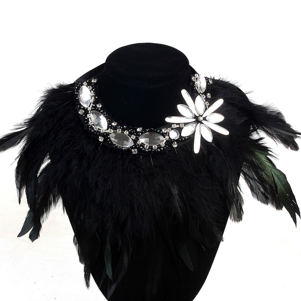 Indian Design Charm Jewelry Exaggerate Black Feather Collar Necklace Crystal Flower Pendant Statement Fashion Chokers Necklaces