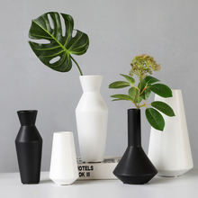 Modern Minimalist Black/ White Ceramic Vase tabletop Crafts Handmade vases Dried flower ornaments home decoration accessories european ceramic vase creativity simple and modern style tabletop white vases high quality handmade wedding home decor crafts