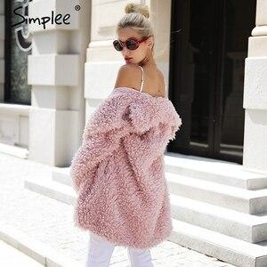 Image 3 - Simplee abrigo cálido de piel sintética para mujer, ropa de calle a la moda, abrigo largo de tallas grandes para mujer, abrigo informal rosa para otoño 2018