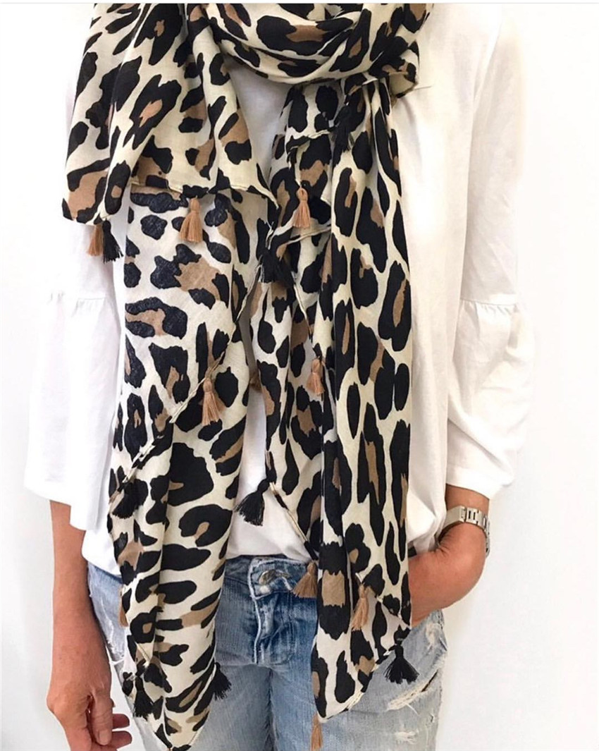 2020 Women Fashion Brand Leopard Dot Tassel Viscose Shawl Scarf Ladies Print Soft Warmer Wrap Pashminas Sjaal Muslim Hijab Snood