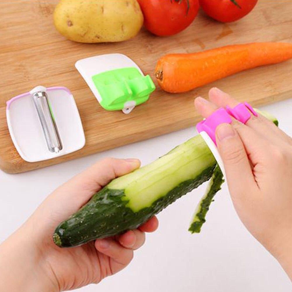 Finger Held Palm Peeler Easy Hold Vegetable Fruit Salad Slicer Kitchen Tool New