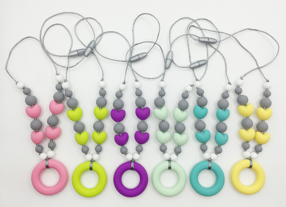 New Fashion Mommy silicone Teething Necklace with heart beads and Round pendant