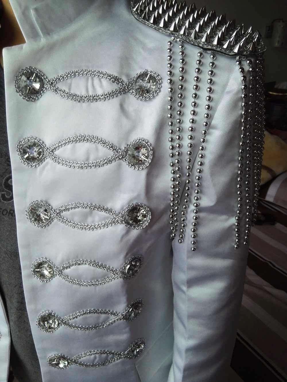 Plus Size STAGE Wear Suits Mens Blazer Costume Black And Silver Dj Costume Slim Clothes Male Costumes Black White Color