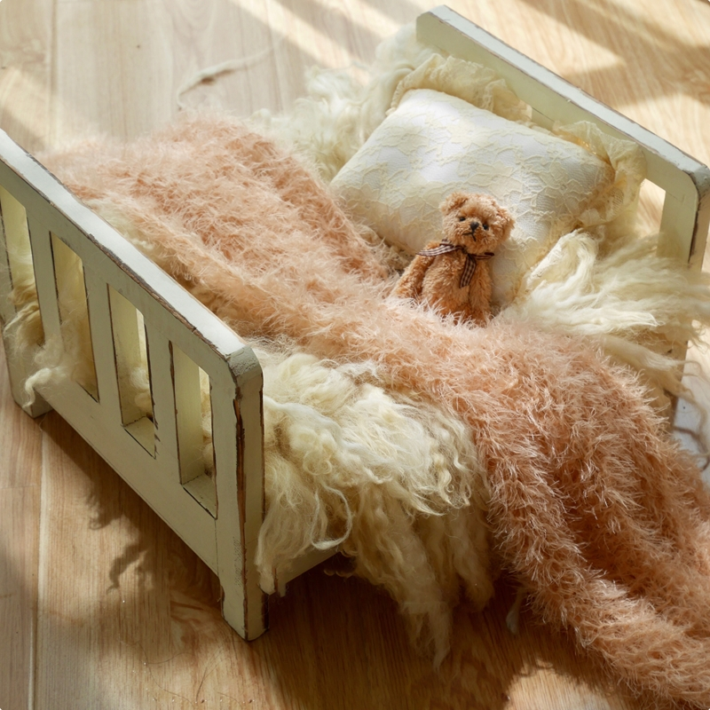 Image 3 - Реквизит для фотосъемки новорожденных, деревянная Съемная кровать, фон для детской фотосъемки, аксессуары Flokati, студийный реквизит для фотосъемки новорожденных-in Шапки и кепки from Мать и ребенок on AliExpress