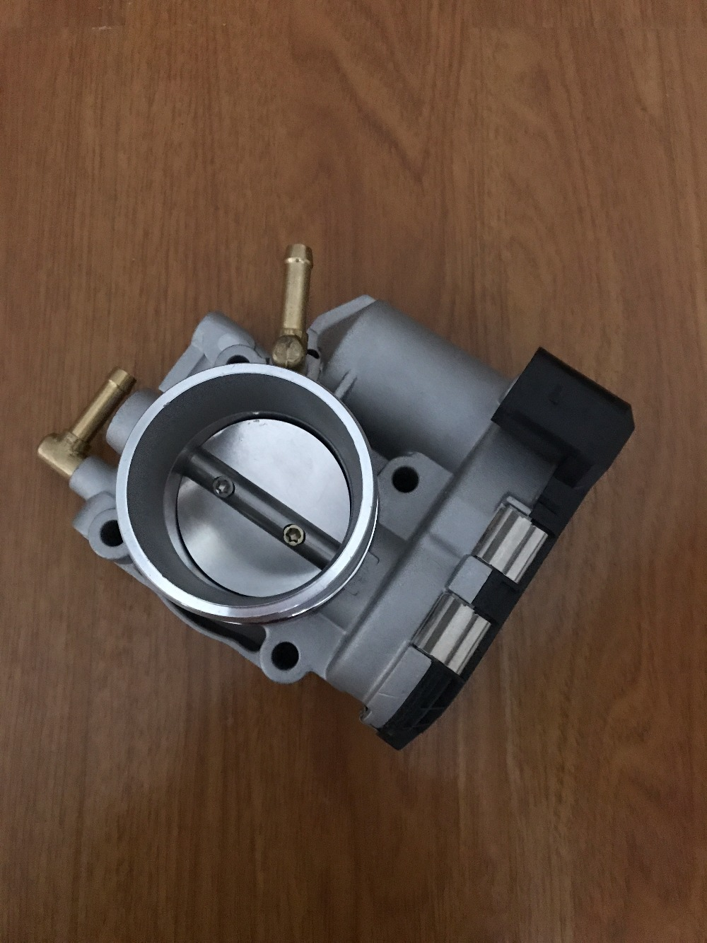 Throttle Body For  VW GOLF BARA LUPO JETTA AUDI A2 1.6 FSI 036133062D
