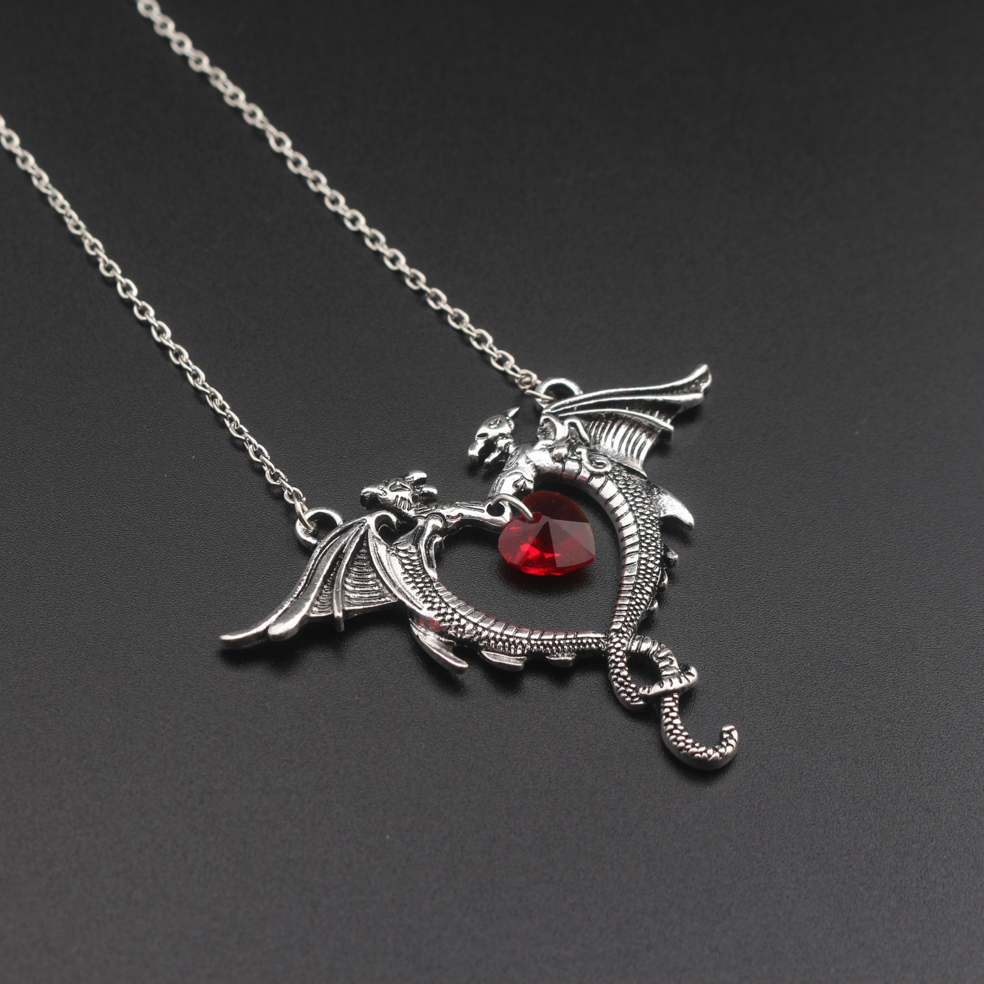 Vintage Necklace Jewelry Women Crystal Heart Necklace Dragon Necklaces