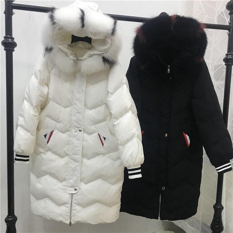 With Femminile Con black Inverno Outwear Collare Cappotto Fur 2018  Pelliccia Cappuccio Ispessimento E Genuine Anatra Giù Raccoon Fur Di Real  Parka ... 40ebdc2c2c5