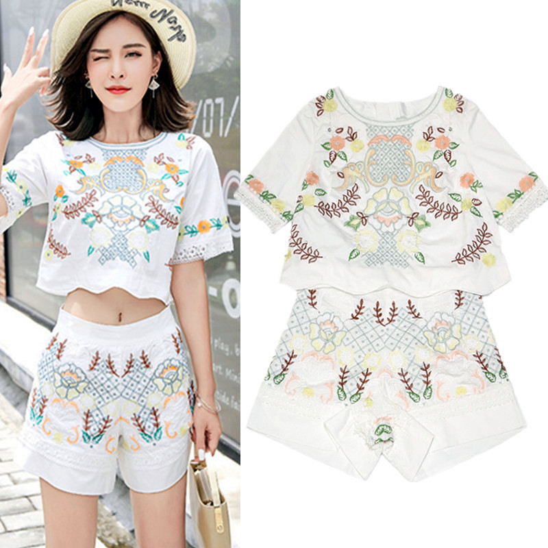 New Summer Women Clothing Set Retro Floral Embroidery Short Crop Tops Blouses And Bohemian Holiday Pants Suits Twinset NS224
