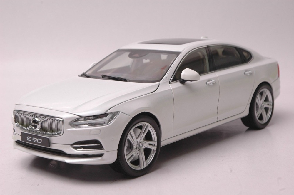 1:18 Diecast Model for Volvo S90 T5H 2016 White Luxury Sedan Alloy Toy Car Collection Miniature S90L