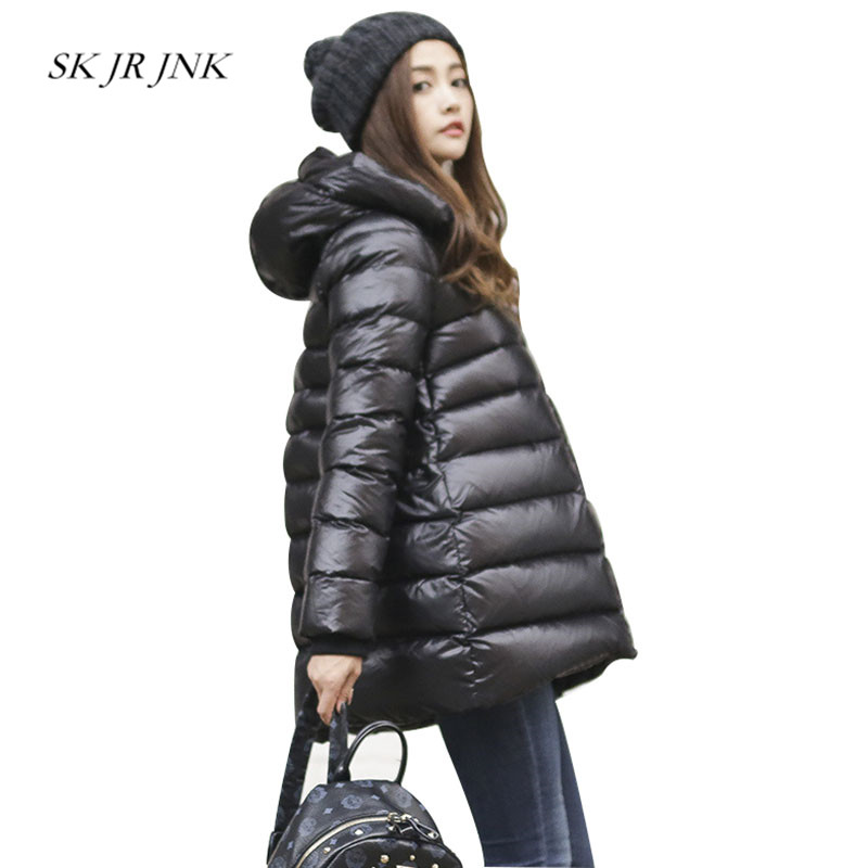 Women White Duck Down Coat 2018 Winter Fashion Warm Hooded Wadded Down Jacket Loose Casual Waterproof Cotton Padded Parkas RS58