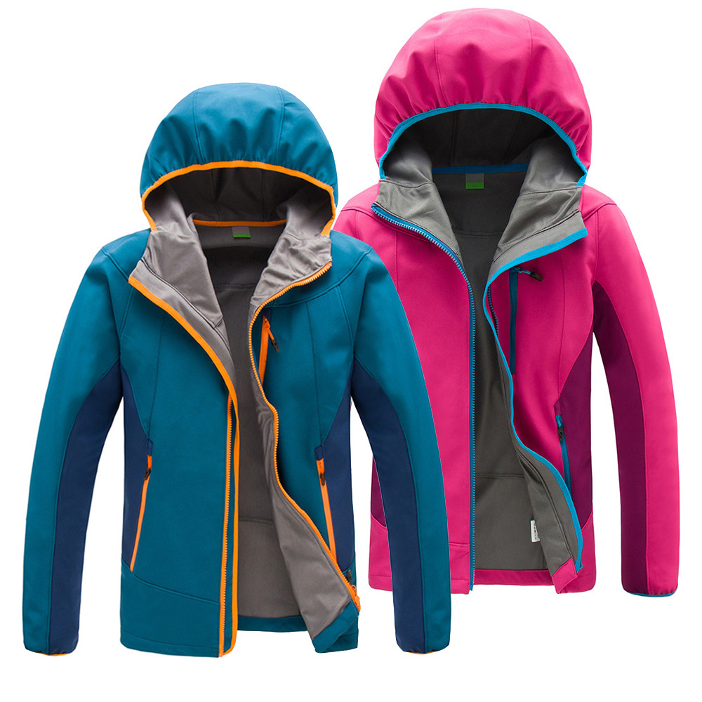 2018 Waterproof Softshell Jackets Outdoor Breathable Camping Trekking Hiking Fishing Windbreaker Jacket For Men and Women