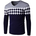 2016 GRAY  Autumn and winter men's sweater Fashion diamond lattice sweater V collar Knitted sweater 4 color