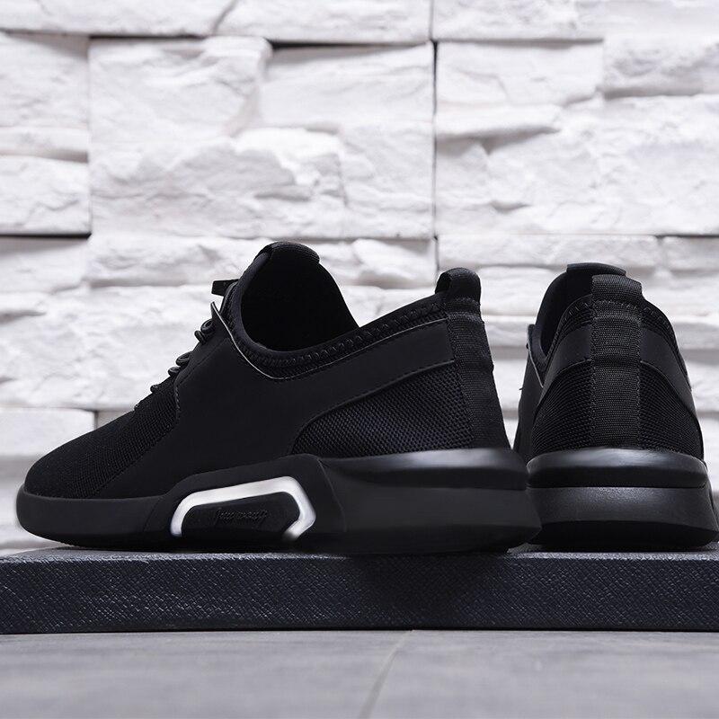 Chaussures pour hommes chaussures respirantes d'été version coréenne masculine de la tendance de l'angleterre chaussures de course sauvage hommes chaussures de sport noires