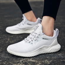 2019 Hot Sale Mens Casual Shoes Summer Breathable Light Sneakers Fashion Footwear Zapatillas Krasovki Men Trainers