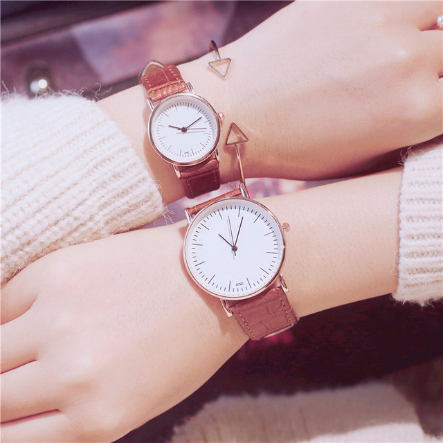 Simple style Couples Women Leather Watches Lovers Quartz Watch Men Brand Luxury