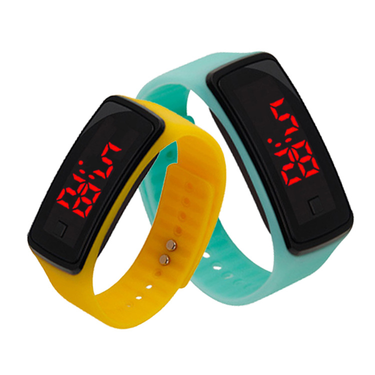 New Silicone Watch Band Women LED Digital Screen Watch Sports mens Watch Fashion Outdoor Wristwatch kids for student watch