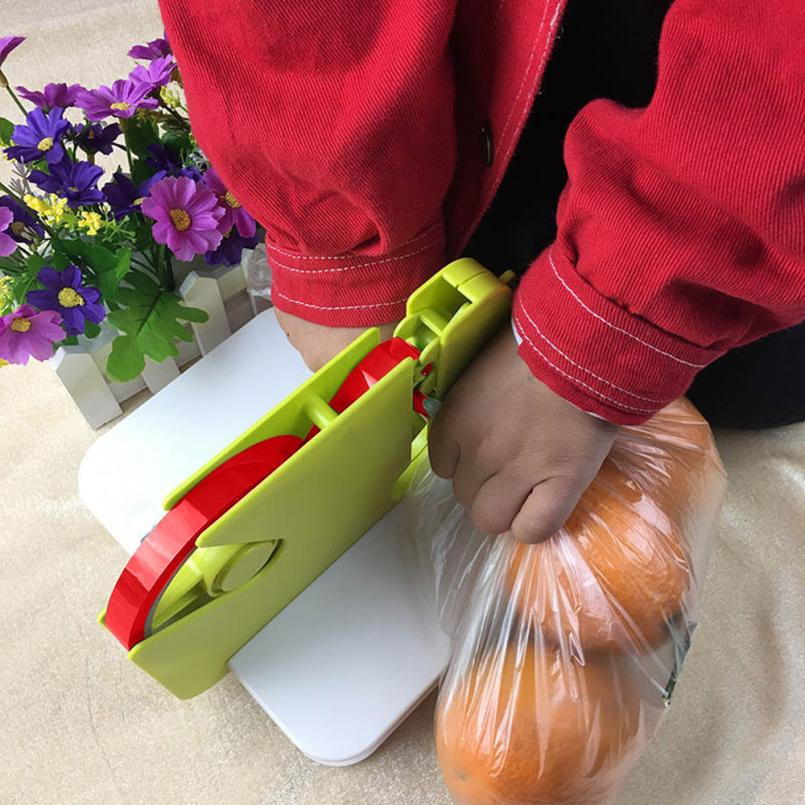 2018 new Portable Device Sealing Food Saver Seal bag Kitchen Utensil Tools Seal Anywhere w0705