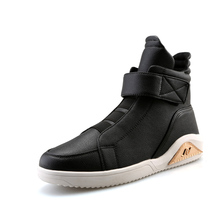 2017Winter Men Boots Timber Mens Shoes Brands Casual Italian Cowboy Designers Leather Military Motorcycle Boots