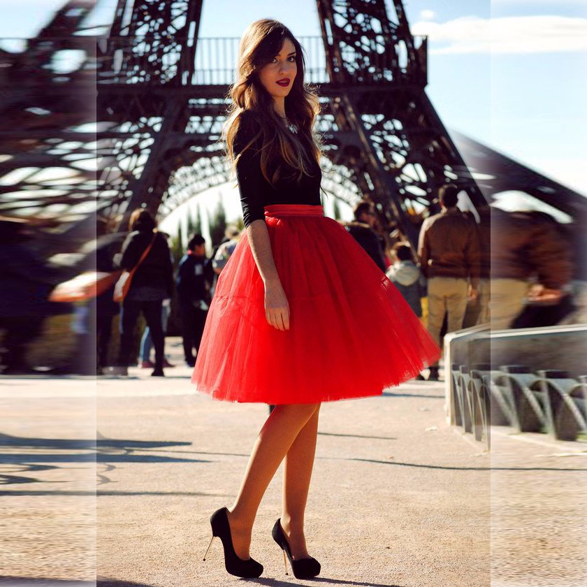 Pairs Fashion Red Skirts Women Band Waistline A Line Knee Length Tulle Skirt Puffy Tutu Skirt Hot Sale