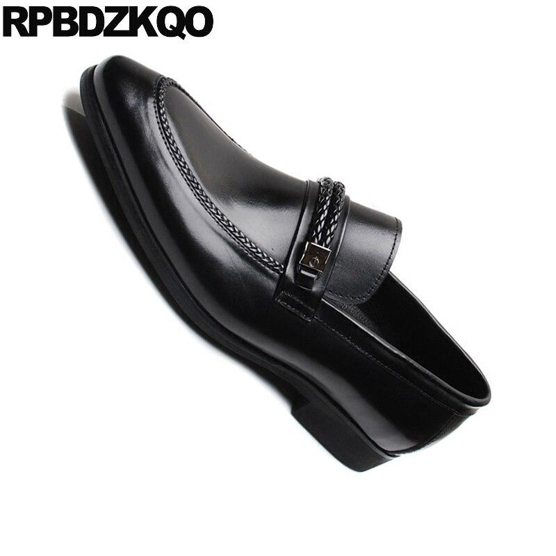 Kleid Europäischen Luxus Leder Marke Schwarzes Italien Metall Echtes Spitz Runway Italienische Schwarz Schuhe Formale Müßiggänger Männer Echt Spitze zgW61Wq