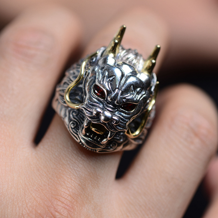 S925 pure silver Thai silver restoring ancient ways is double color stereo dragon king leading domineering man ring 2018 direct selling anel feminino thai restoring ancient ways leading mosaic unique ring wholesale corundum man with ambition