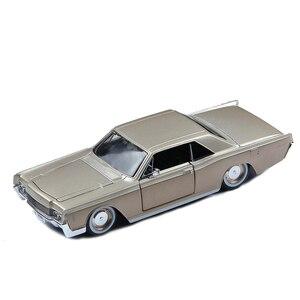 1:26 Lincoln Continental retro modelu głównego, statyczne model samochodu ze stopu symulacji, kolekcja i prezent, die-odlew metalowy, darmowa wysyłka