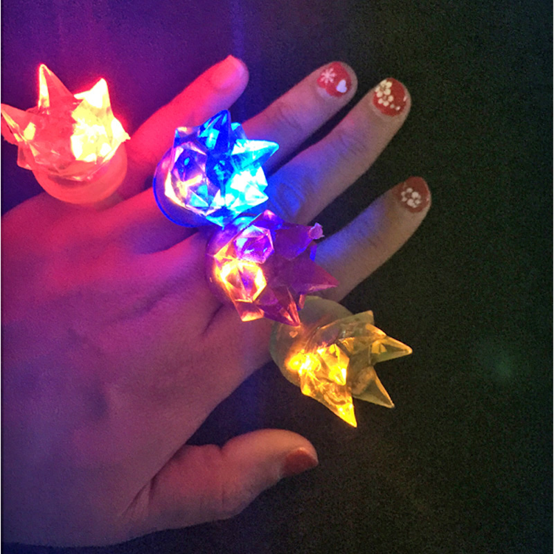 Led finger 100pcs lot Cartoon Soft Led Crown Finger Ring Toy Flash Luminous Party Light Up