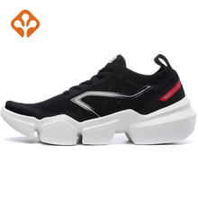 2019 Mens Super Breathable Outdoor Sport Gym Running Shoes Sneakers For Men Sports Fitness Trekking Running Shoes Sneakers Man
