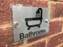 Customize BATHROOM SIGN MODERN GLASS ACRYLIC PLAQUE BATHING ROOM TOILET BATHTUB