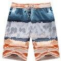 Moda Casual dos homens Shorts da praia do Verão da Manta Listrada Floral Impresso Solto Masculino Placa Praia Curto Calça Com Cordão BCS005