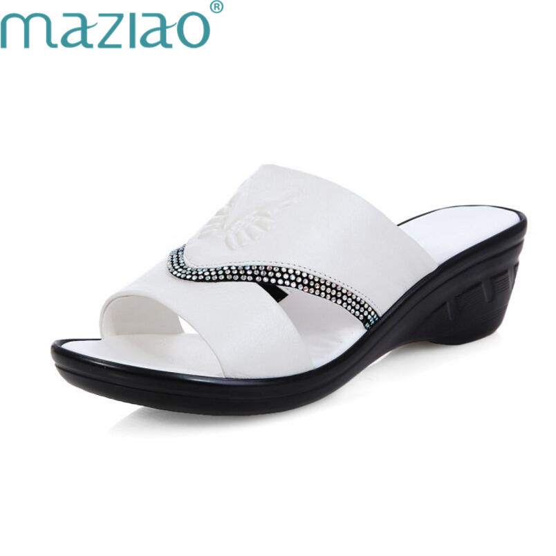 Women Outdoor Casual Women Comfortable Shoes Slip on Round Toe Beach Slippers Fashion Breathable Slipper Plus Size MAZIAO