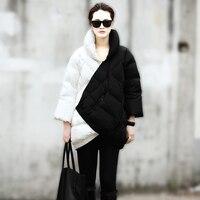 2014ฤดูหนาวเสื้อผู้หญิงใหม่ยุโรปแฟชั่นวีคแคทวอล์ยาวส่วนสีดำและสีขาวผสมสีตั้งครรภ์หนาอุ่น...
