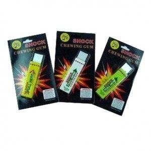 free shipping Safety Electric Shock Shocking Chewing Gum shock pen Joke Toy