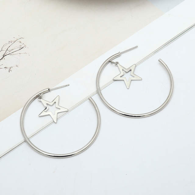 ffa43a03fcb25 US $1.79 10% OFF|KITEAL New silver/gold color Fashion Personality Geometric  Star charms Women half cirle hoop Earrings European Jewelry-in Hoop ...