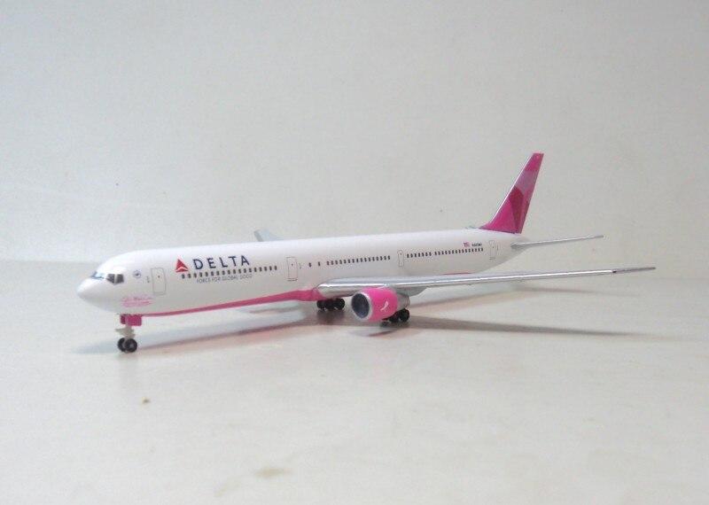 Herpa 1:500 DELTA 767-400ER Delta Airlines N845MH aircraft model