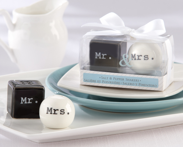 1set Mr Mrs Ceramic Salt And Pepper Shakers Cute Pot Container Spring Wedding Party Favor Birthday Baby Shower Decor In Favors From Home Garden On