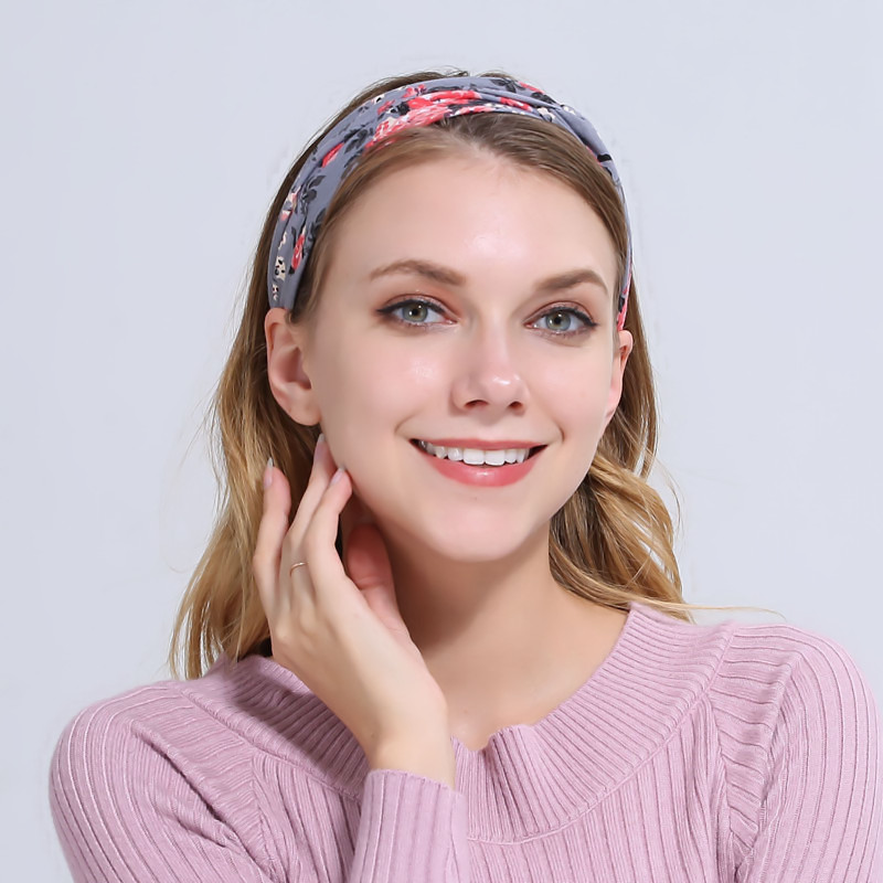Naturalwell Twist top Knot Headband Women Running Headbands Girls Flower  Yoga Headwrap Cotton Turban Hair accessories WH511-in Women s Hair  Accessories from ... 57fa0d95772