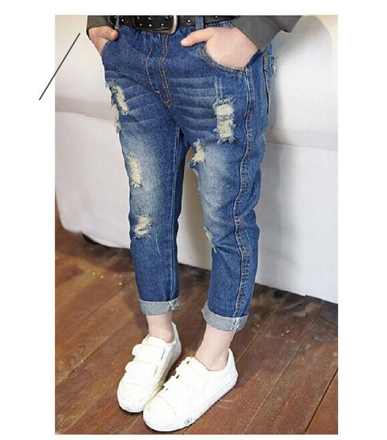 Новая мода весна и осень мальчиков и девочек детские джинсы рваные джинсы для детей Одежда брюки