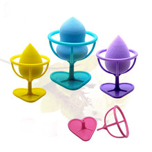 1 Pcs Quality Plastic Makeup Sponge Holder Pro Removable Beauty Makeup Puff Rack Women Fashion Sponge Drying Stand Holder 2 pcs makeup sponge holder drying stand