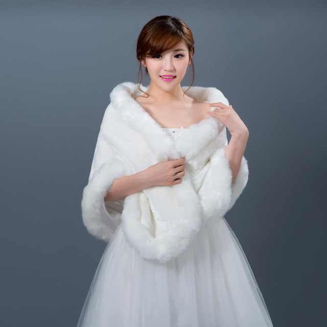 6c4746fc62b White Fur Faux Fur Wedding Wrap Bolero Mariage Fur Wedding Capes Bolero  Women Bolero Jackets For