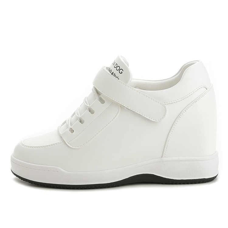 2020 yeni kadın yüksek üst sonbahar kış kaliteli deri takozlar rahat ayakkabılar yüksekliği artan bayanlar ayakkabı üzerinde kayma