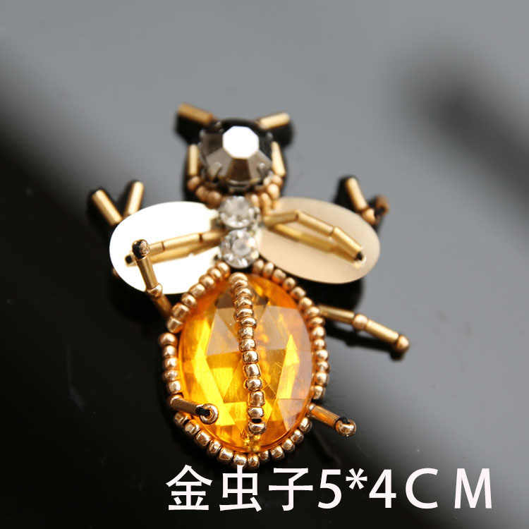 ... 3D Animals beaded Patches for clothing Spider Bee cicada appliques  rhinestone sew on Decorative parches bordados 27e82767ad31