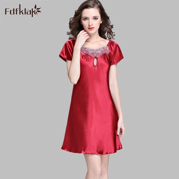 2017 Fashion Women Silk   Nightgown   Printed Fashion Knee-length Girl Sleepwear Summer Ladies   Sleepshirts   Plus Size S-4XL E0917