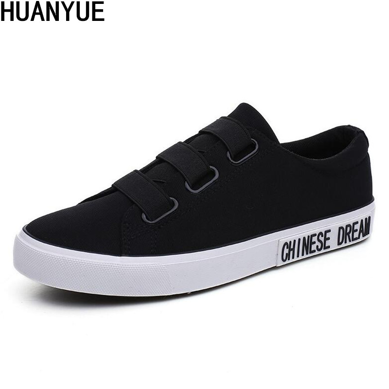 Classic Men Canvas Rubber Soled Shoes Spring and Autumn Slip On Light Breathable Casual Fashion Vulcanized Shoes Black