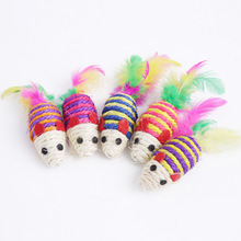 цена на 5pcs Factory direct cat toy sisal small Mice mouse toy molar grinding and pet supplies wholesale