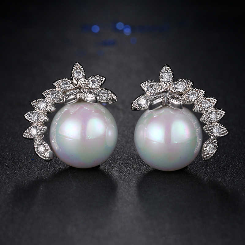 Exquisite Bridal Fashion Jewelry 2017 Korean Style Women Flower Crystal Imitation Pearl Earrings for Women Brincos AE439