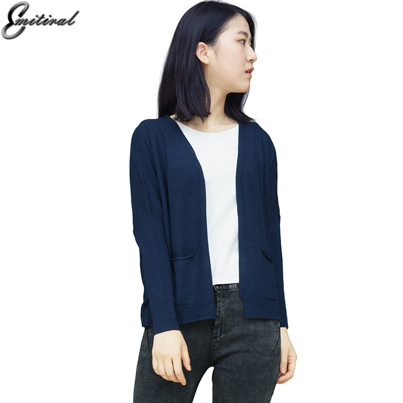 2017 Winter Autumn Knitted Women Cardigan Batwing Sleeve Wool Sweater Loose Short Solid Color Design Elegant Casual Pockets